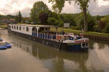 La Renaissance Barge - Wikipedia