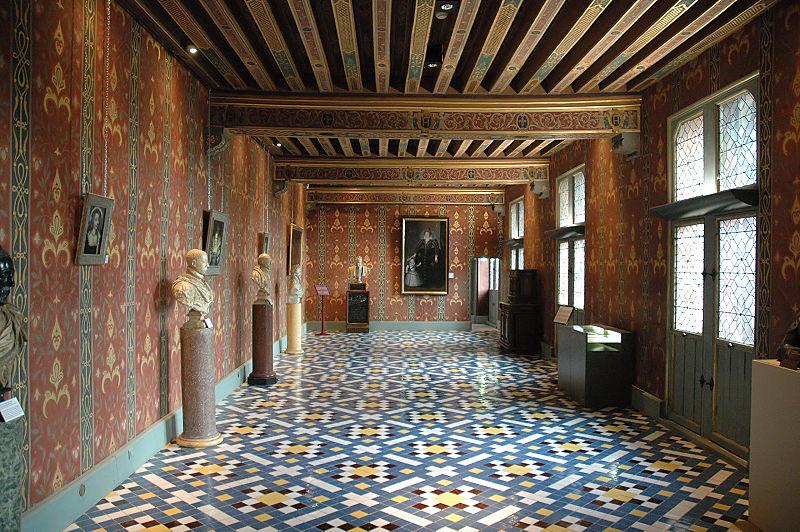 SchlossBloisGaleriederKoenigin