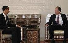 Assad meets with U.S. Senator Ted Kaufman in 2009