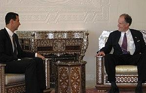 English: Senator Ted Kaufman (D-DE) meets with...