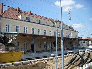 Hier ist man bereits fertig: Bahnhof Prenzlau ist bereit für die Laga (Bild: Sanierung des Prenzlauer Bahnhofs (14. Mai 2012), ShithappensbyTuE)