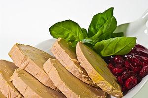 Polski: Pasztet strasburski (foie gras) produk...
