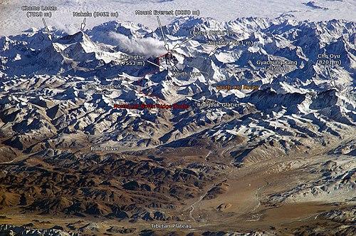 detalhe das rotas de ascensão mais conhecidas do Everest