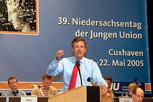 Deutsch: Christian Wulff (* 19. Juni 1959 in O...