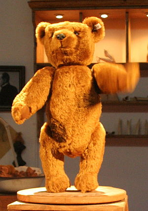 Replica of the teddy 55PB of Steiff
