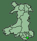 La zona en verde claro indica la ubicación de Cardiff en el mapa de Gales