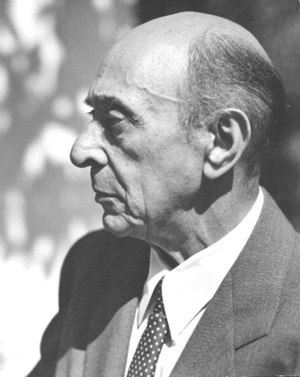 Photo of Arnold Schoenberg in Los Angeles, bel...