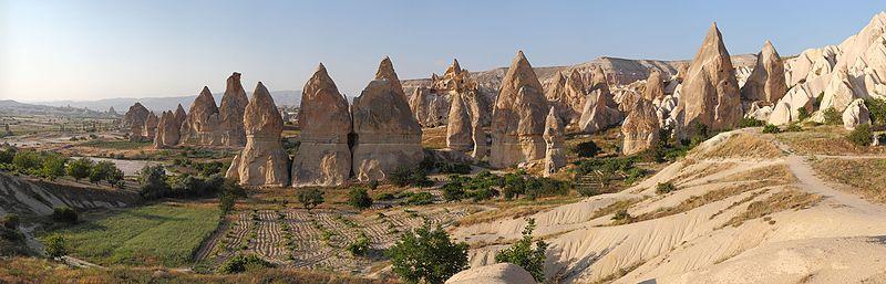 File:Cappadocia Chimneys Wikimedia Commons.jpg