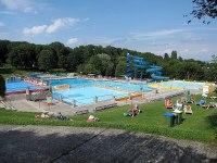 File:Schafbergbad 2.JPG - Wikimedia Commons
