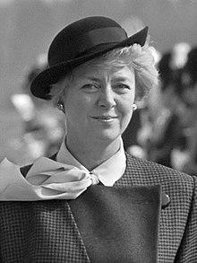 Vigdis Finnbogadottir (1985).