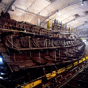 English: The Tudor period carrack Mary Rose in...
