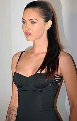 https://i0.wp.com/upload.wikimedia.org/wikipedia/commons/thumb/a/af/Megan_Fox_LF.jpg/256px-Megan_Fox_LF.jpg