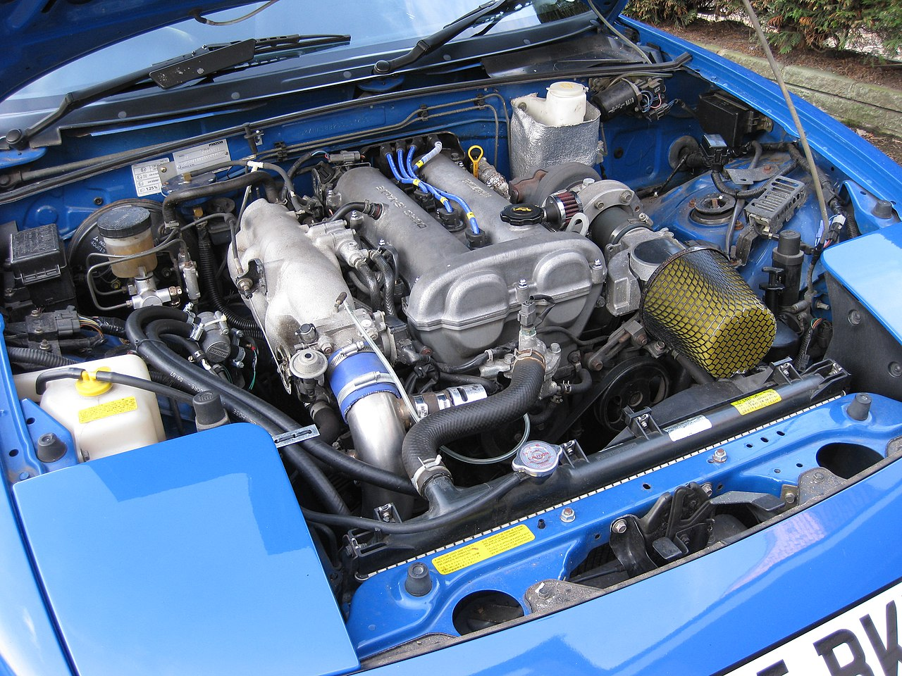 hight resolution of file 1990 mazda mx5 1 6 dohc 4 cylinder turbo jpg wikimedia commons 2003 miata se
