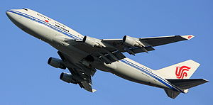 English: An Air China Boeing 747 taking off fr...