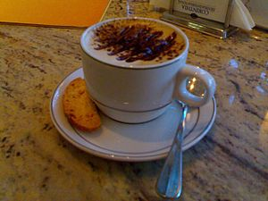English: Cappuccino in Corinthia. Italiano: Ca...