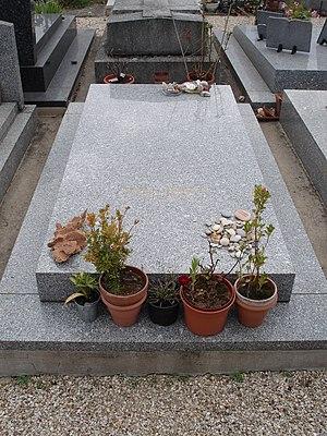 Derrida's grave, Ris-Orangis, France