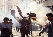 Festival tradicional de dragões em Hong Kong.