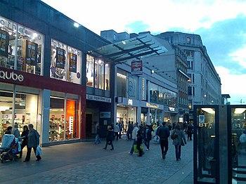 English: Entrance to Argyle Street station Fro...