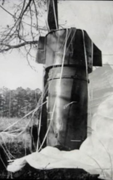 File:Goldsboro Mk 39 Bomb 1-close-up.jpeg