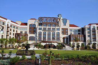 Shanghai Disneyland Hotel Wikipedia