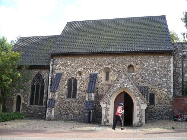 St Julian's Church, Norwich, 2009.jpg