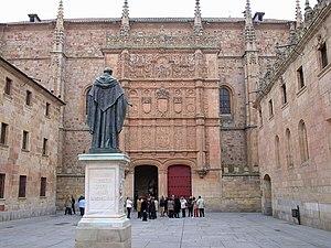 English: A statue of Fray Luis de León at the ...