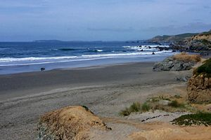 English: Bodega Bay viewed from Dillon Beach, ...