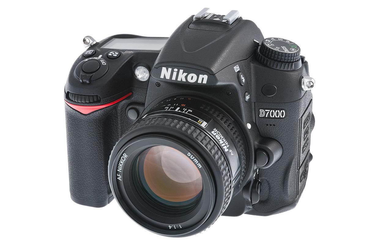 Nikon D7000 - Wikipedia