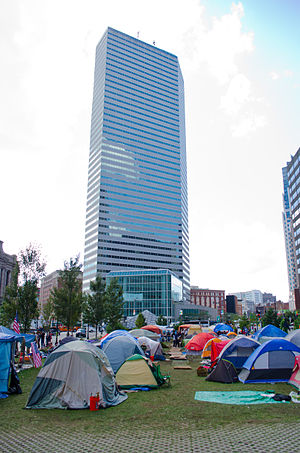 English: The Occupy Boston camp in Dewey Squar...