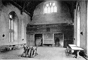 English: The 14th century great hall at Penshu...
