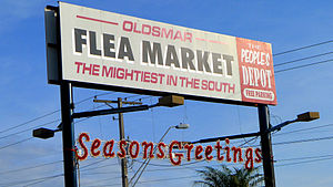 Oldsmar Flea Market signboard