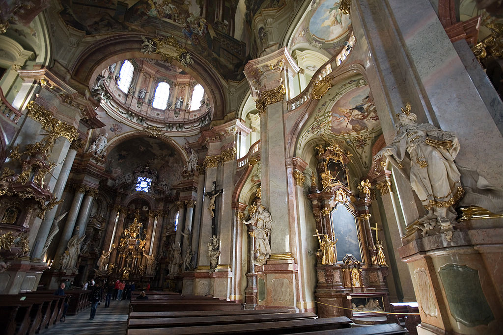Eglise Saint Nicolas de Prague  Joyau baroque Mala