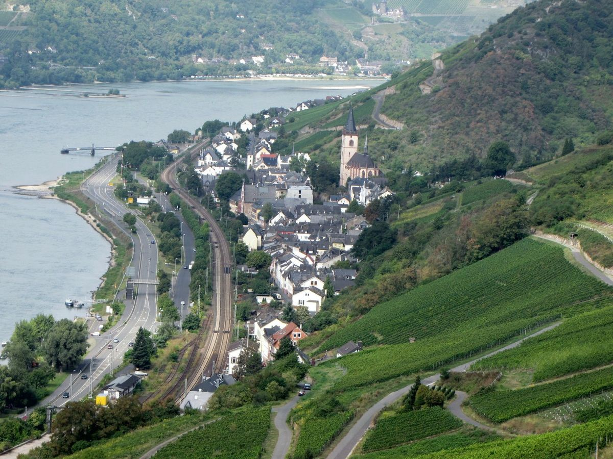 Lorch am Rhein  Travel guide at Wikivoyage