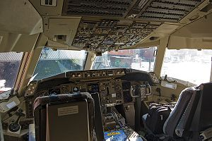 Cockpit of a Boeing 767