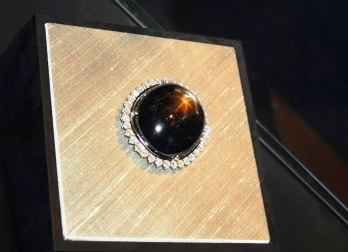 Resultado de la imagen para el zafiro negro