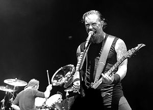 English: James Hetfield performing live with M...