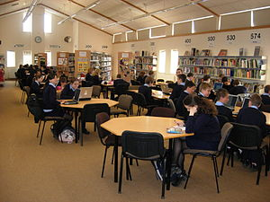 English: View of the library at Kennet Compreh...
