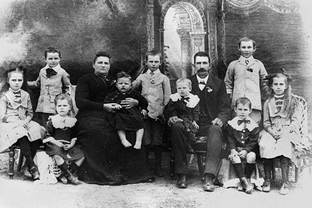 FileStateLibQld 1 76789 Berlin family early settlers of