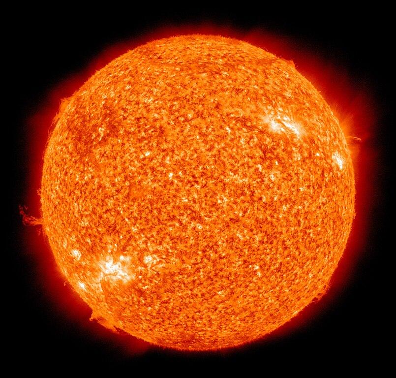 https://i0.wp.com/upload.wikimedia.org/wikipedia/commons/thumb/b/b4/The_Sun_by_the_Atmospheric_Imaging_Assembly_of_NASA%27s_Solar_Dynamics_Observatory_-_20100819.jpg/805px-The_Sun_by_the_Atmospheric_Imaging_Assembly_of_NASA%27s_Solar_Dynamics_Observatory_-_20100819.jpg