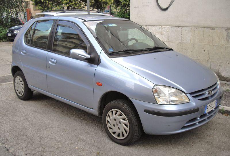 File:2000 Tata Indica.JPG