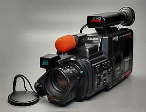 Deutsch: Bauer Bosch VCC 616 AF Video Camera R...