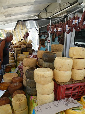 English: Cheeses and sausages from Sardinia Is...