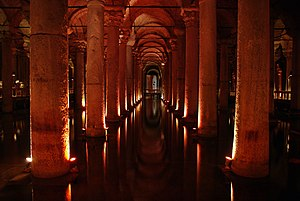 English: The Basilica Cistern in Istanbul, Tur...