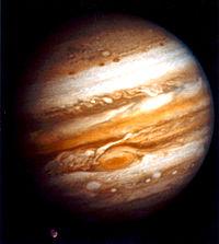 A nave Voyager 1 tirou essa foto do planeta Júpiter em 24 de Janeiro, enquanto estava a uma distância de mais de 40 milhões de quilômetros. Clique na imagem para vê-la ampliada.