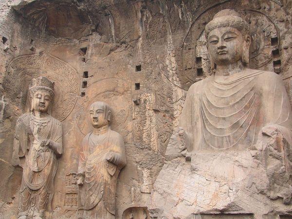 Longmen Grottoes - Wikipedia