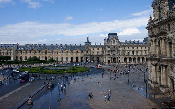 File Louvre- 1st Floor - Wikimedia Commons
