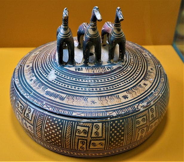 Pyxis with a Lid of Three Horses - Museum of the Ancient Agora - Joy of Museum
