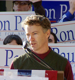 English: Ron Paul's son, Rand, speaking at a R...