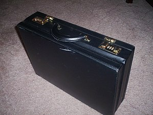 Briefcase photo taken from EnWikipedia