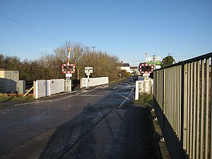English: Level Crossing by Slack's Bridge Engi...